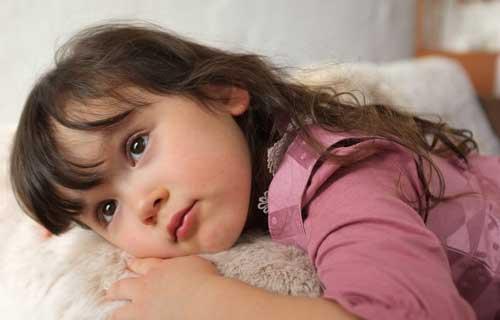 可爱哭泣委屈的表情